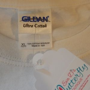 Gildan Shirts & Tops - Youth White Young Country Gildan Ultra Cotton Tee